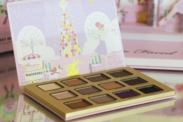 too-faced-christmas-in-new-york-merry-macarons-palette-21